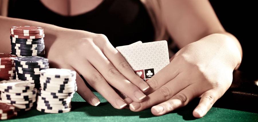 karet na řadě pokeru